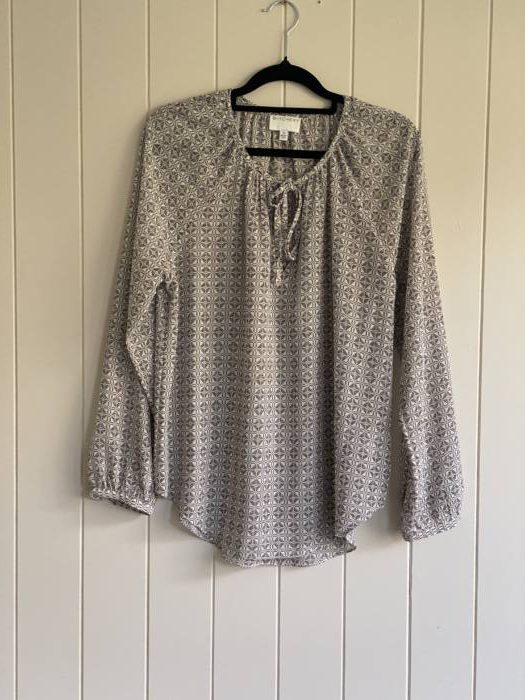 21.Witchery Blouse